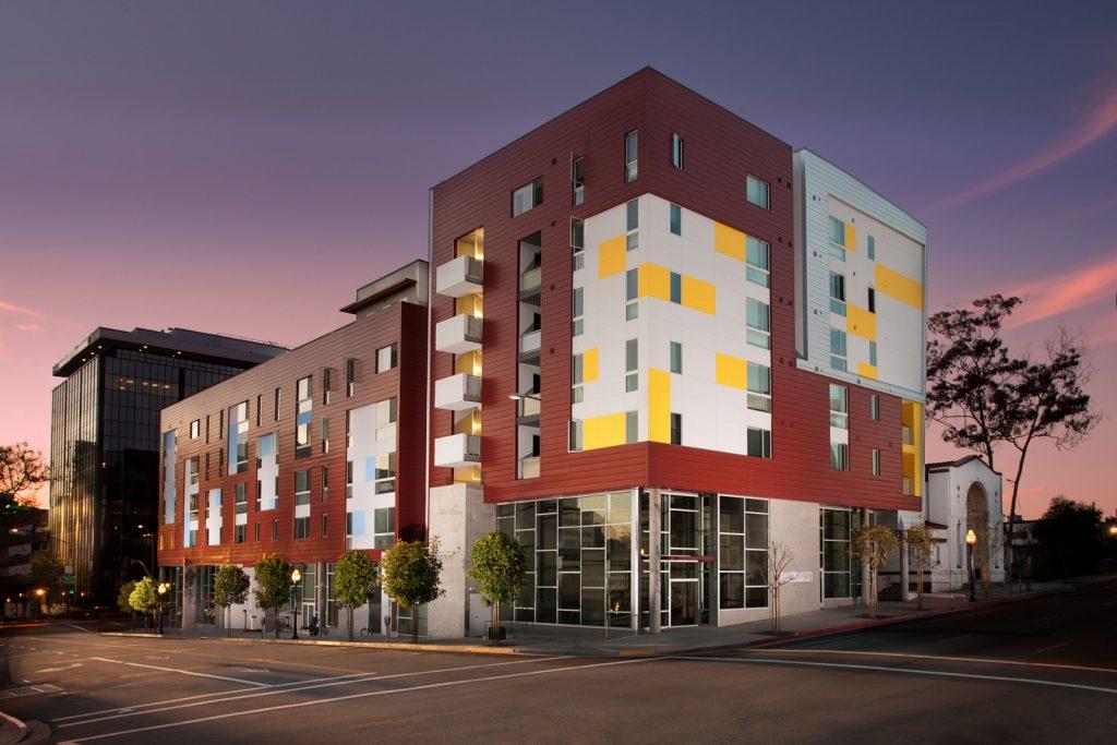 Cedar Gateway Apartments San Diego California